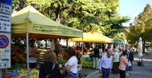 Dolo Mercato agricolo della Riviera del Brenta Venezia Eventi