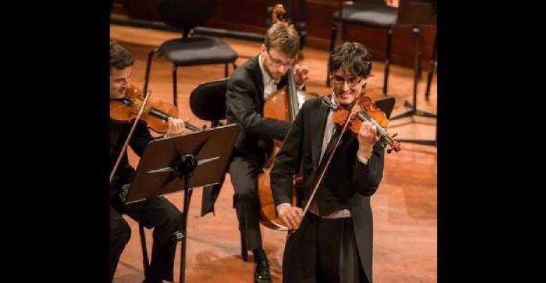 Salon Orchester di Michal Duris