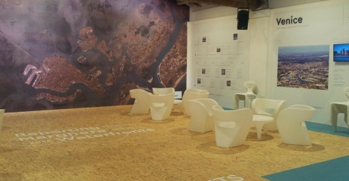 immagine della mostra a Forte Marghera sul waterfront di Vnezia