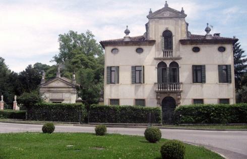 Villa Todeshini